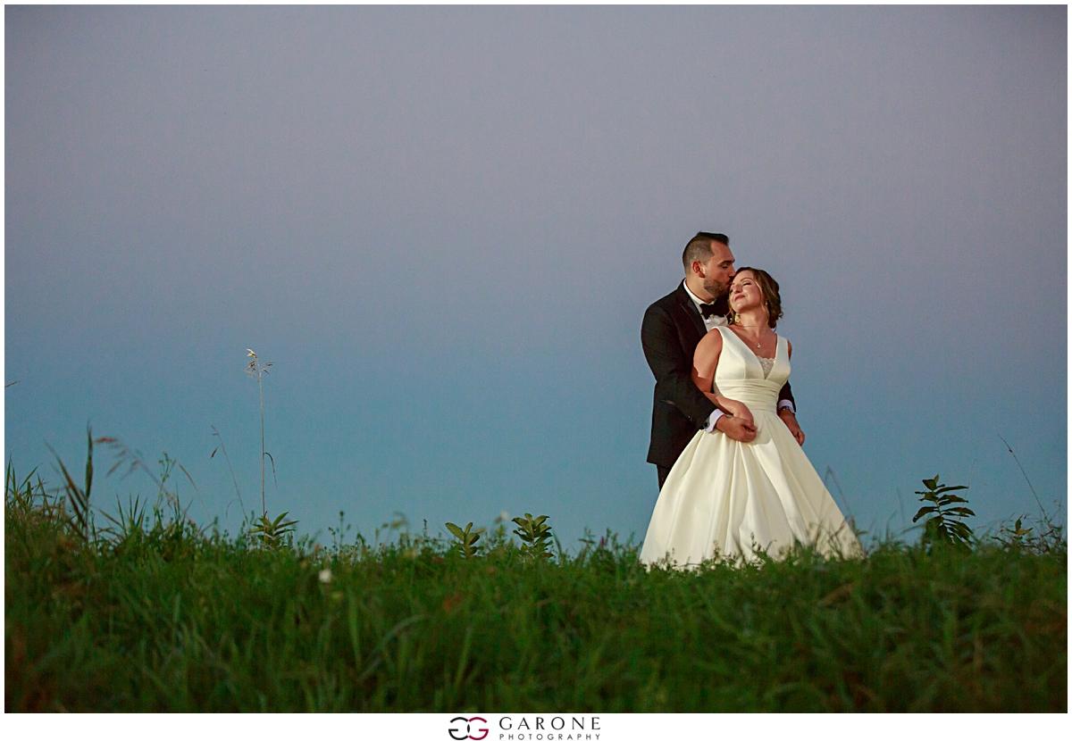 Beth_Nick_Red_Barn_Outlook_Farm_Garone_Photography_0115.jpg