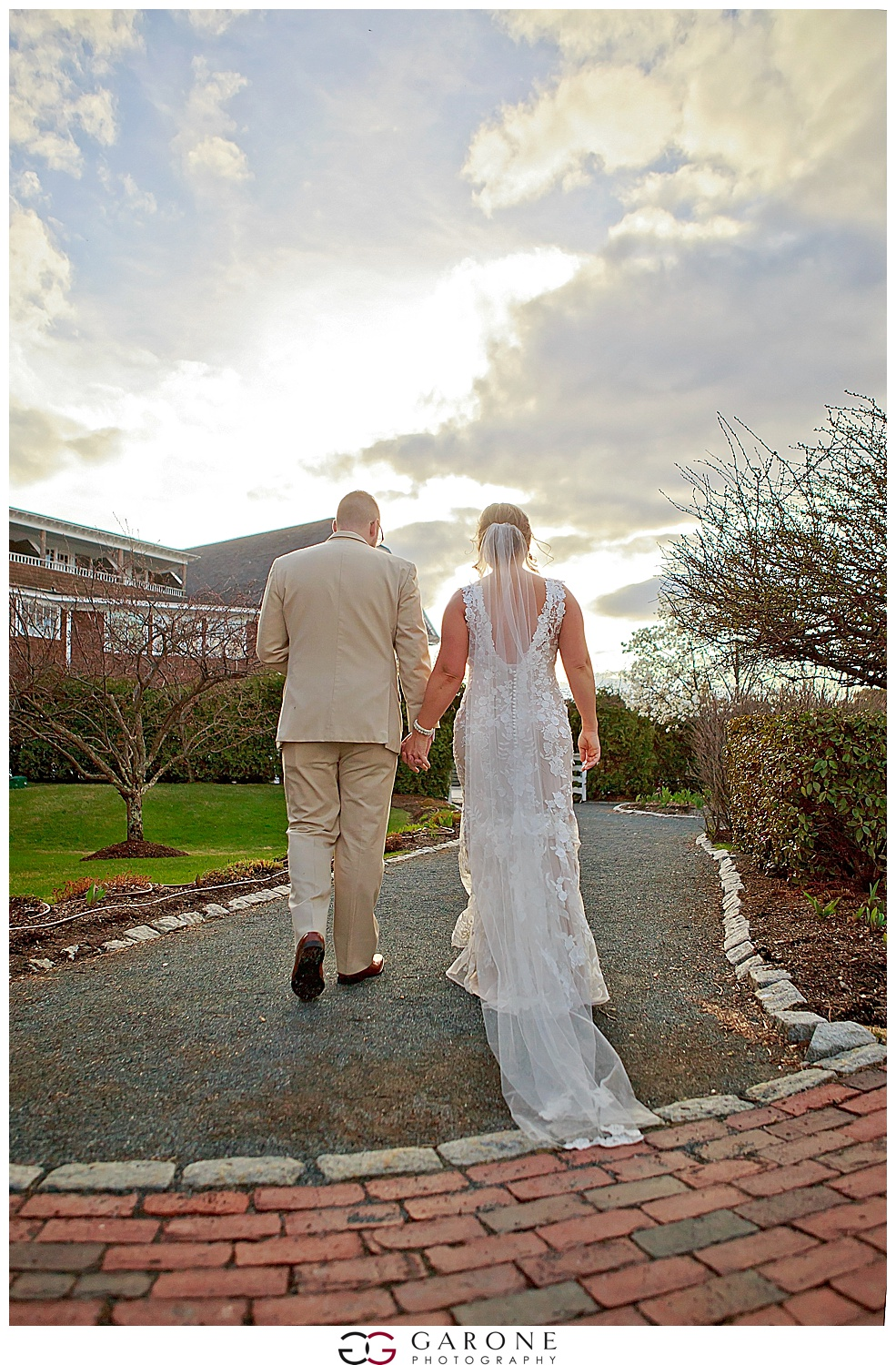Megan_Lennox_Chirch_Landing_Wedding_Carriage_House_Photo_GaronePhotograpy_0043.jpg