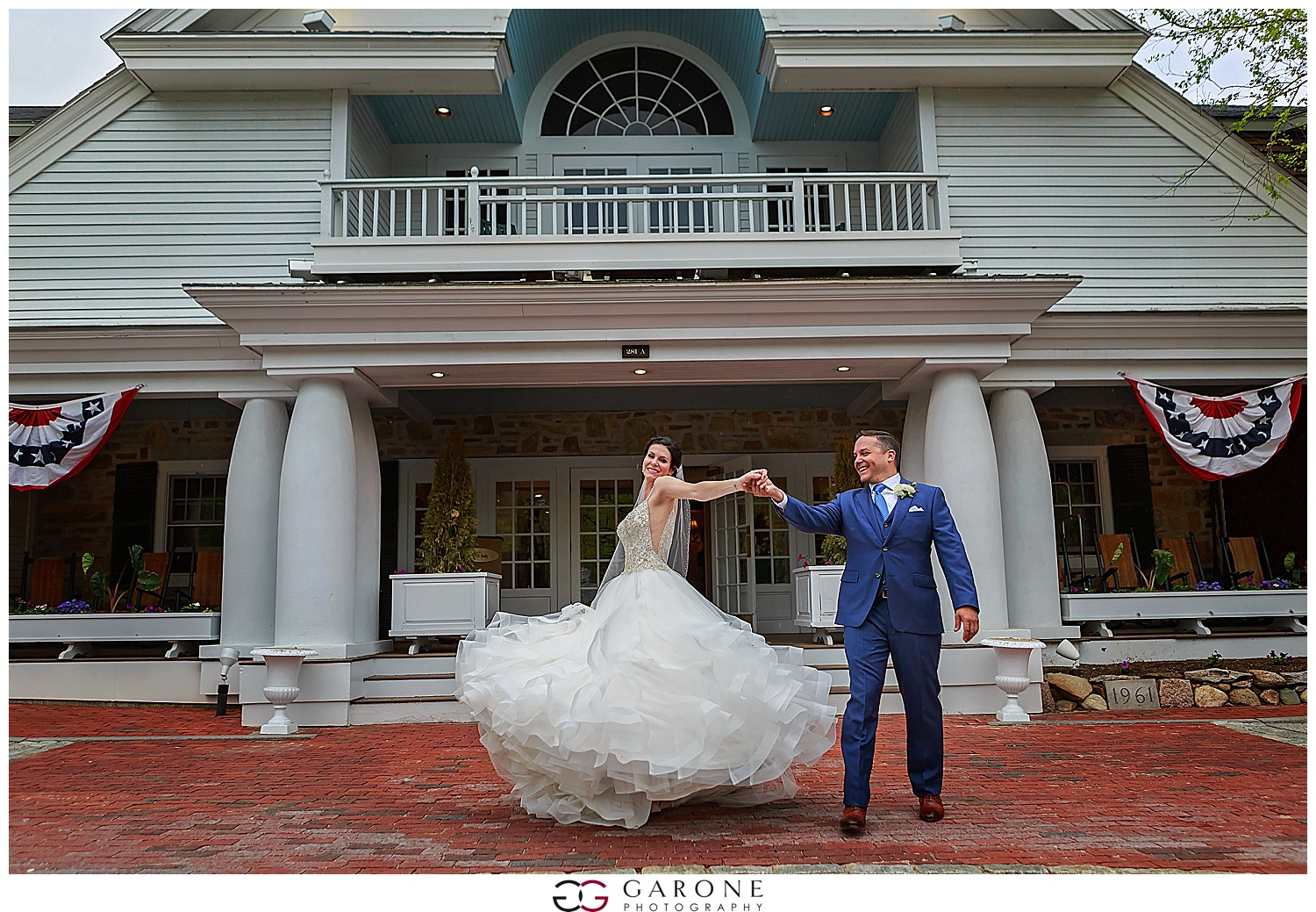 Shauna_Nathan_Carriage_House_Chuch_Landing_Lake_Winnapausakee_Wedding_0001.jpg