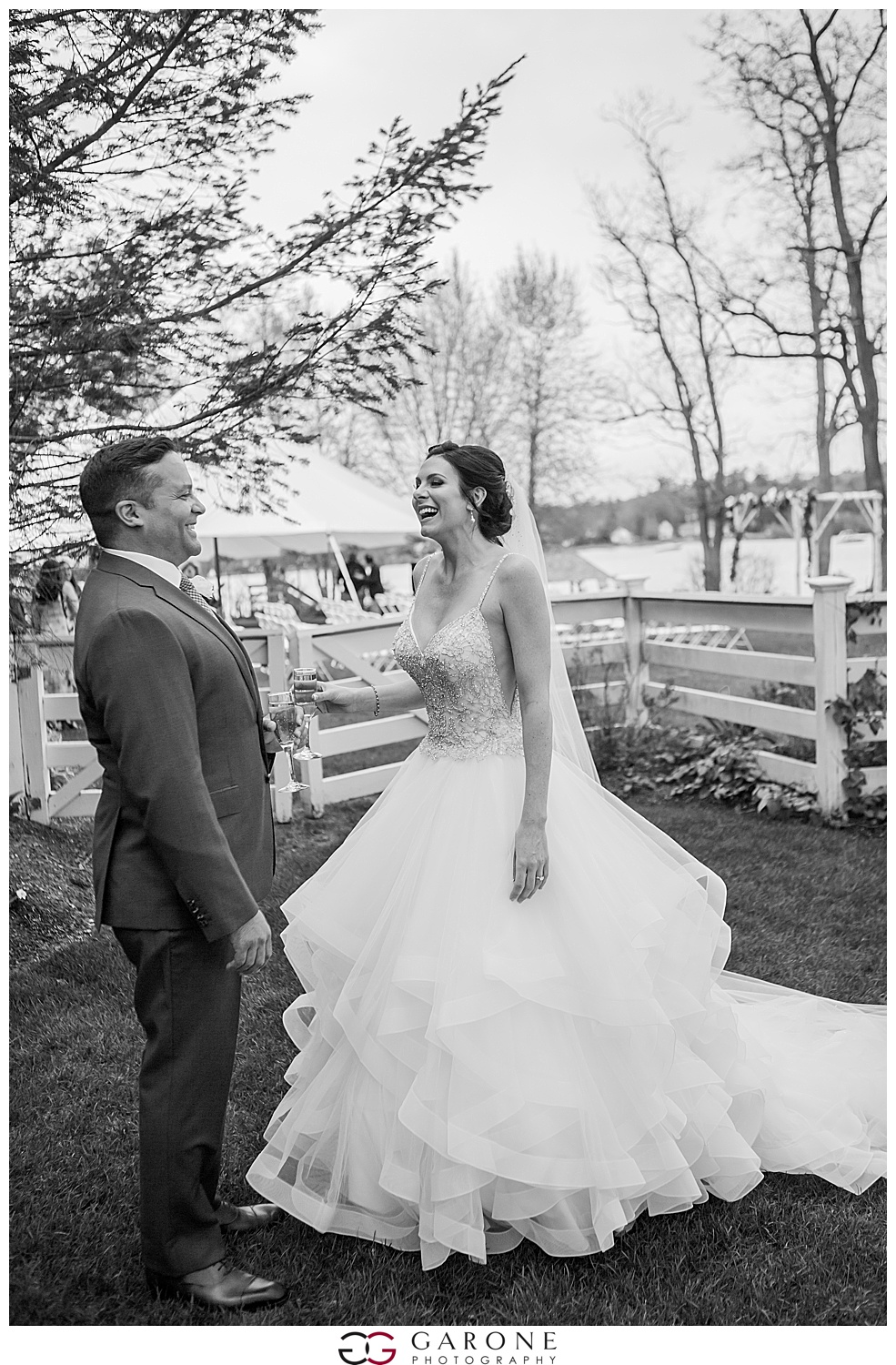 Shauna_Nathan_Carriage_House_Chuch_Landing_Lake_Winnapausakee_Wedding_0020.jpg