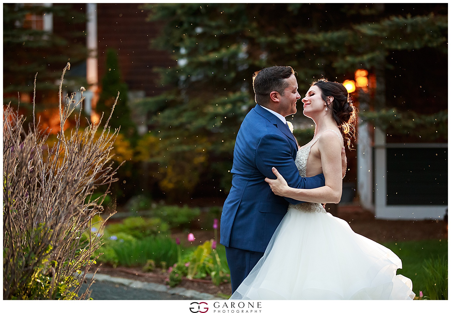 Shauna_Nathan_Carriage_House_Chuch_Landing_Lake_Winnapausakee_Wedding_0034.jpg
