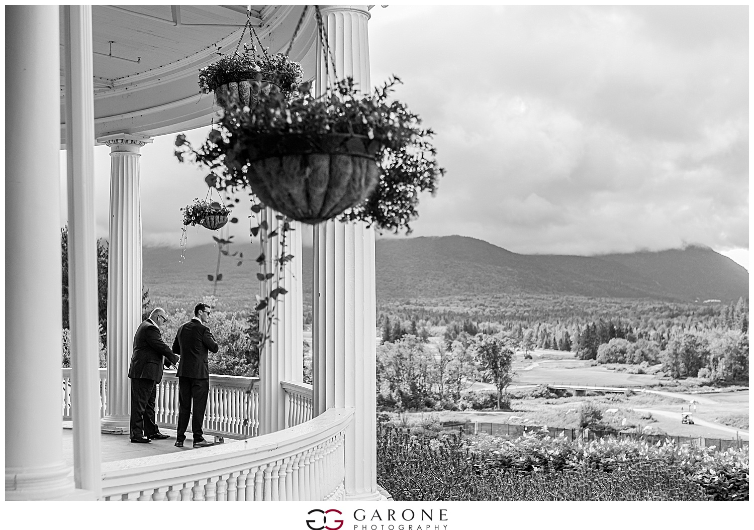 Brian_Kelly_Omni_Mount_Washington_Wedding_Garone_Photography_Wedding_NH_Photography_0003.jpg