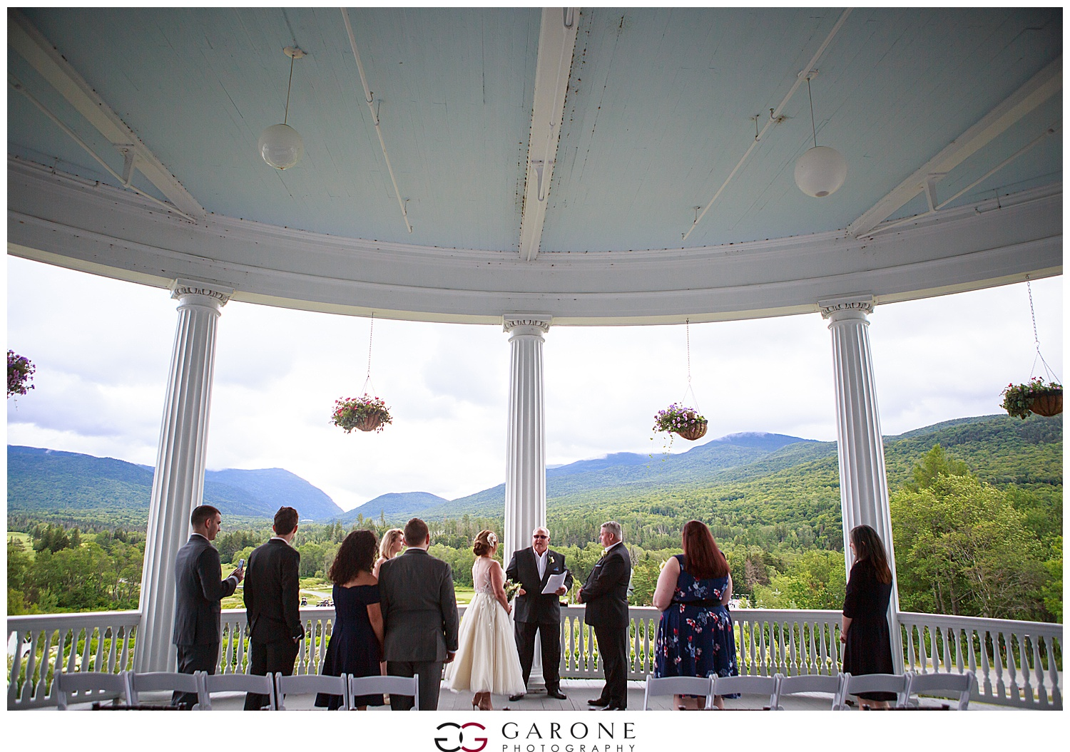 Brian_Kelly_Omni_Mount_Washington_Wedding_Garone_Photography_Wedding_NH_Photography_0008.jpg