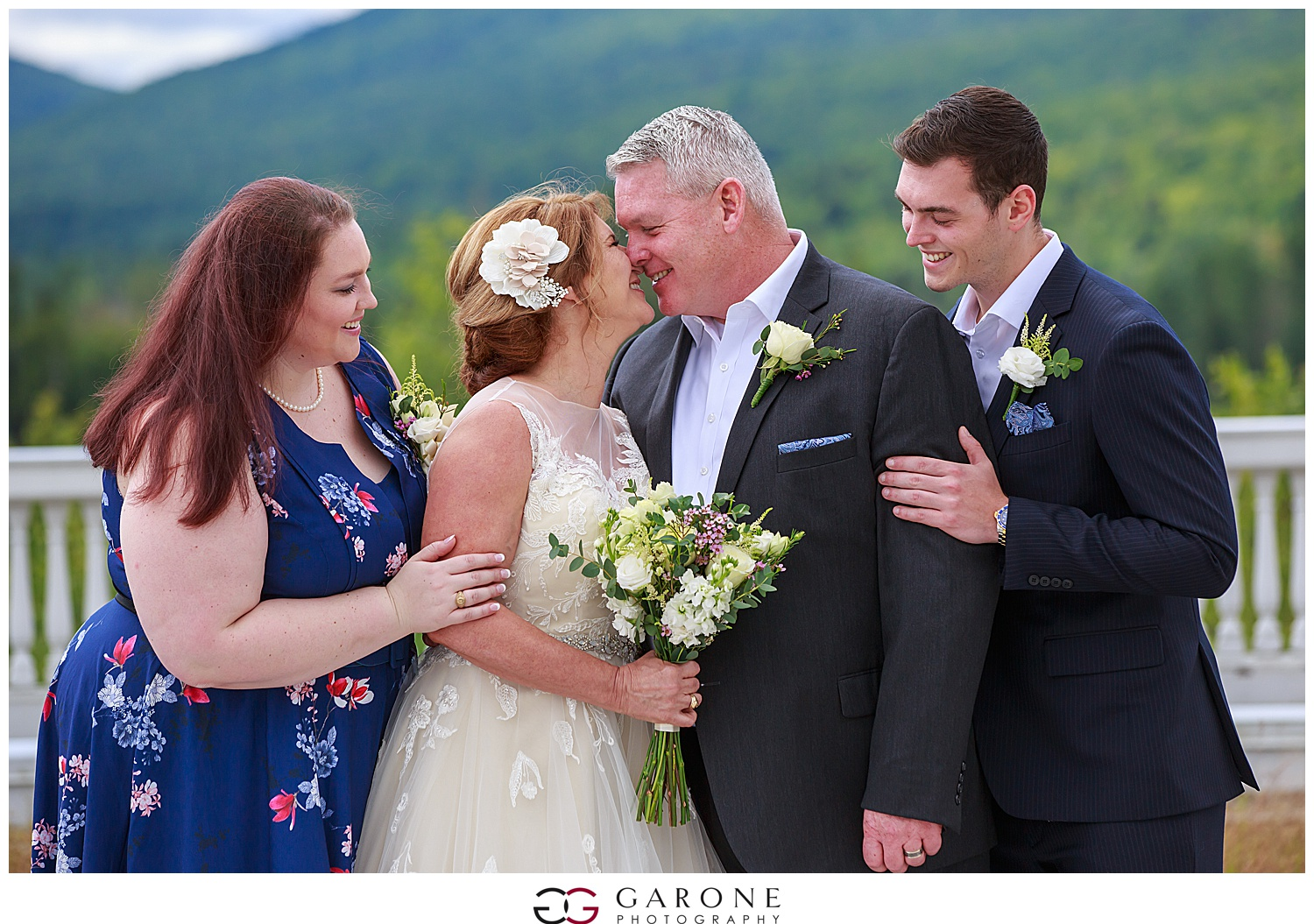 Brian_Kelly_Omni_Mount_Washington_Wedding_Garone_Photography_Wedding_NH_Photography_0013.jpg
