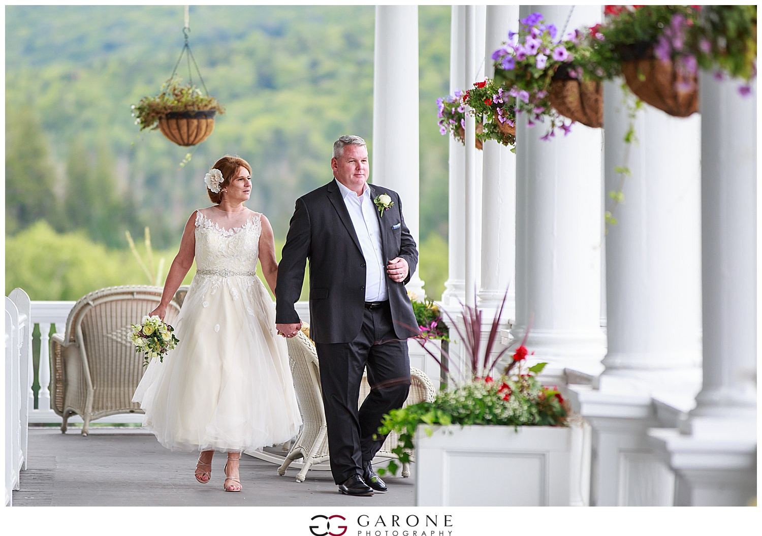 Brian_Kelly_Omni_Mount_Washington_Wedding_Garone_Photography_Wedding_NH_Photography_0021.jpg