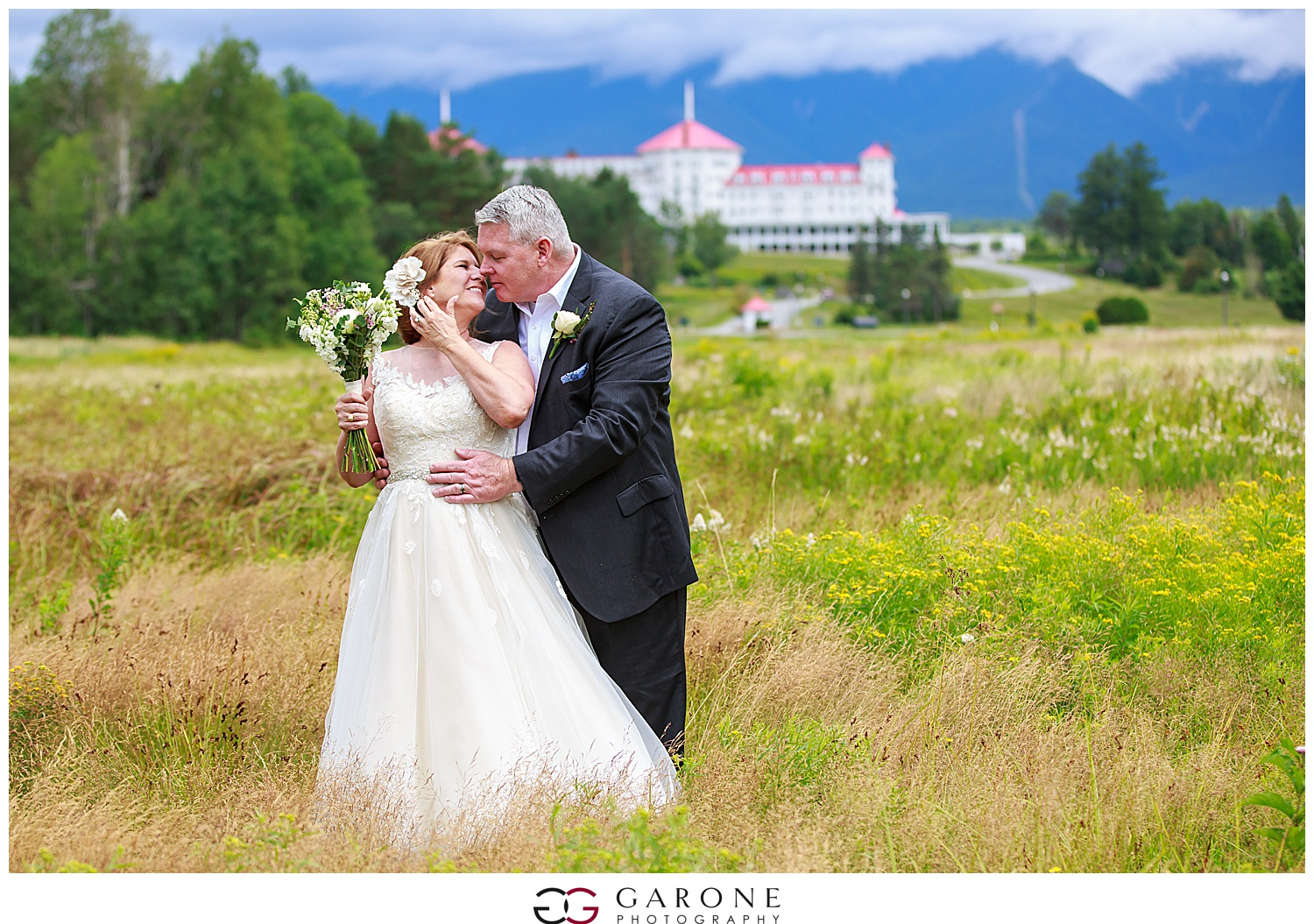Brian_Kelly_Omni_Mount_Washington_Wedding_Garone_Photography_Wedding_NH_Photography_0022.jpg