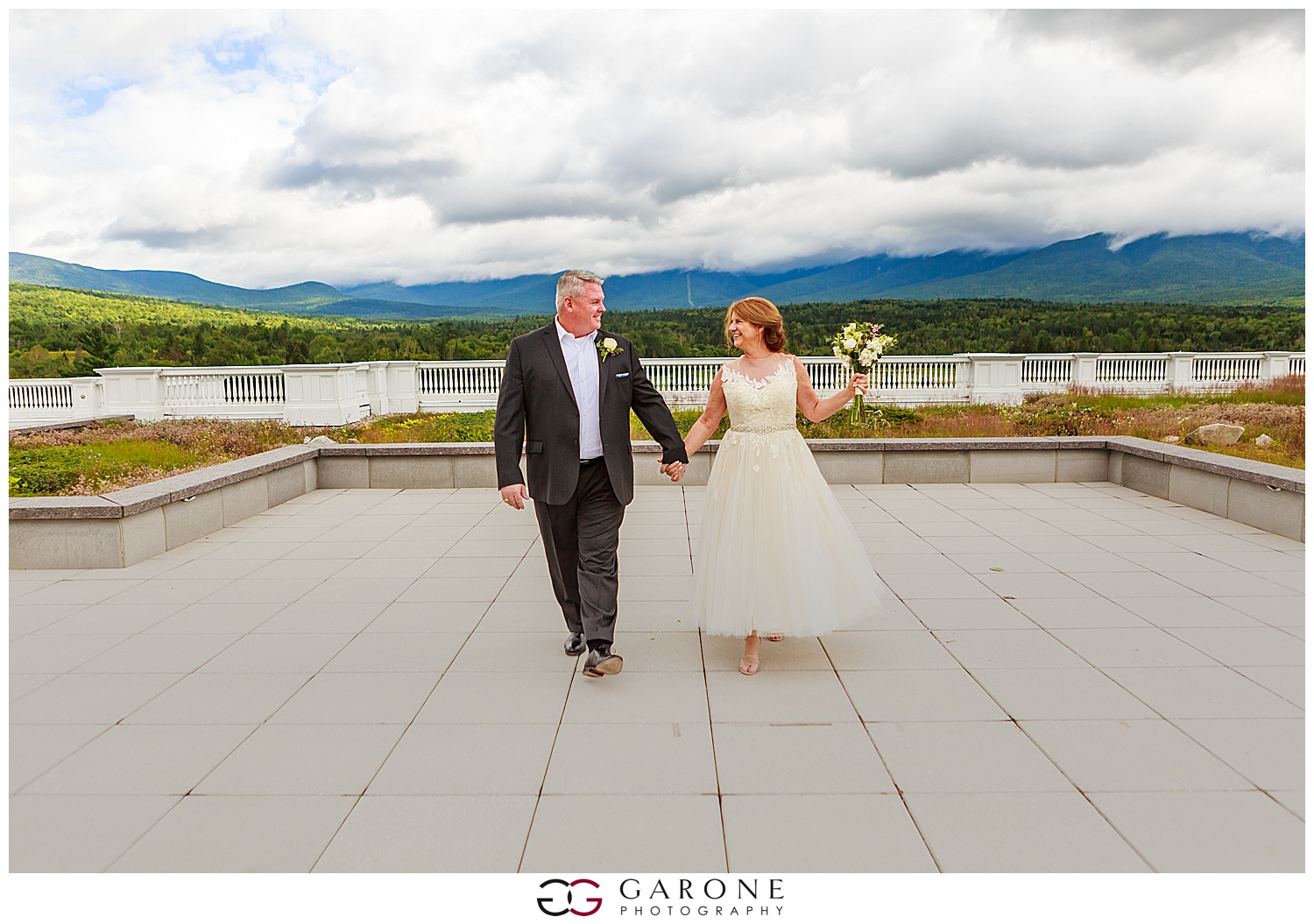 Brian_Kelly_Omni_Mount_Washington_Wedding_Garone_Photography_Wedding_NH_Photography_0025.jpg
