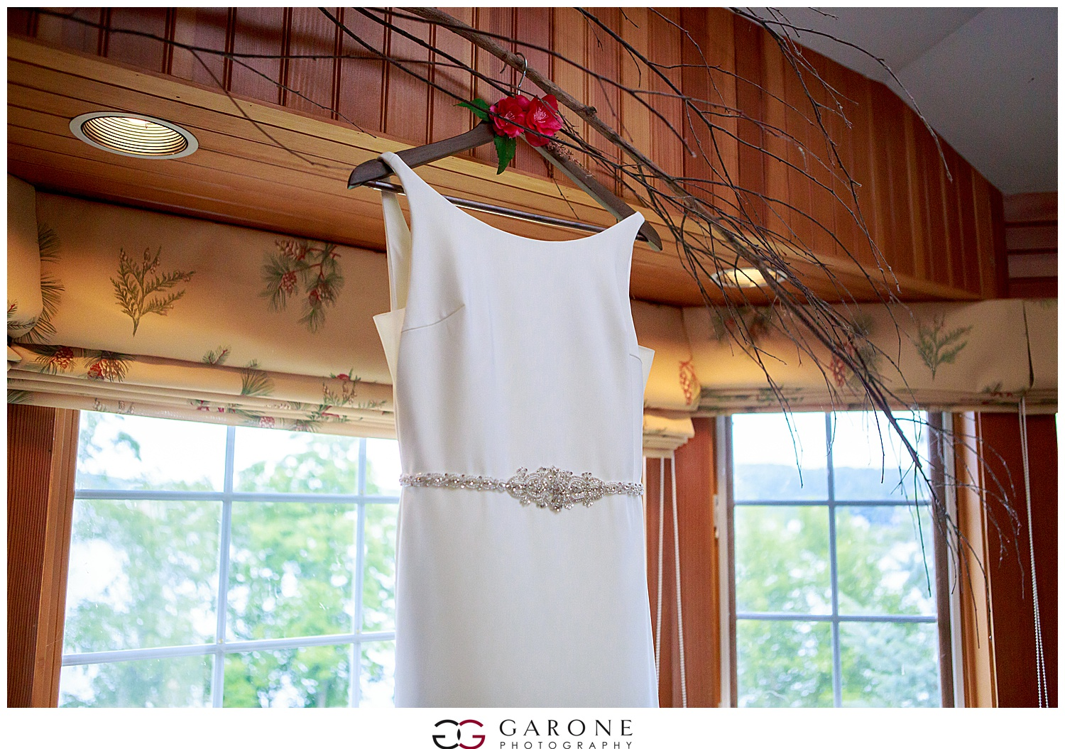 Church_Landing_Garone_Photography_Wedding_Sarah_Patrick_0003.jpg
