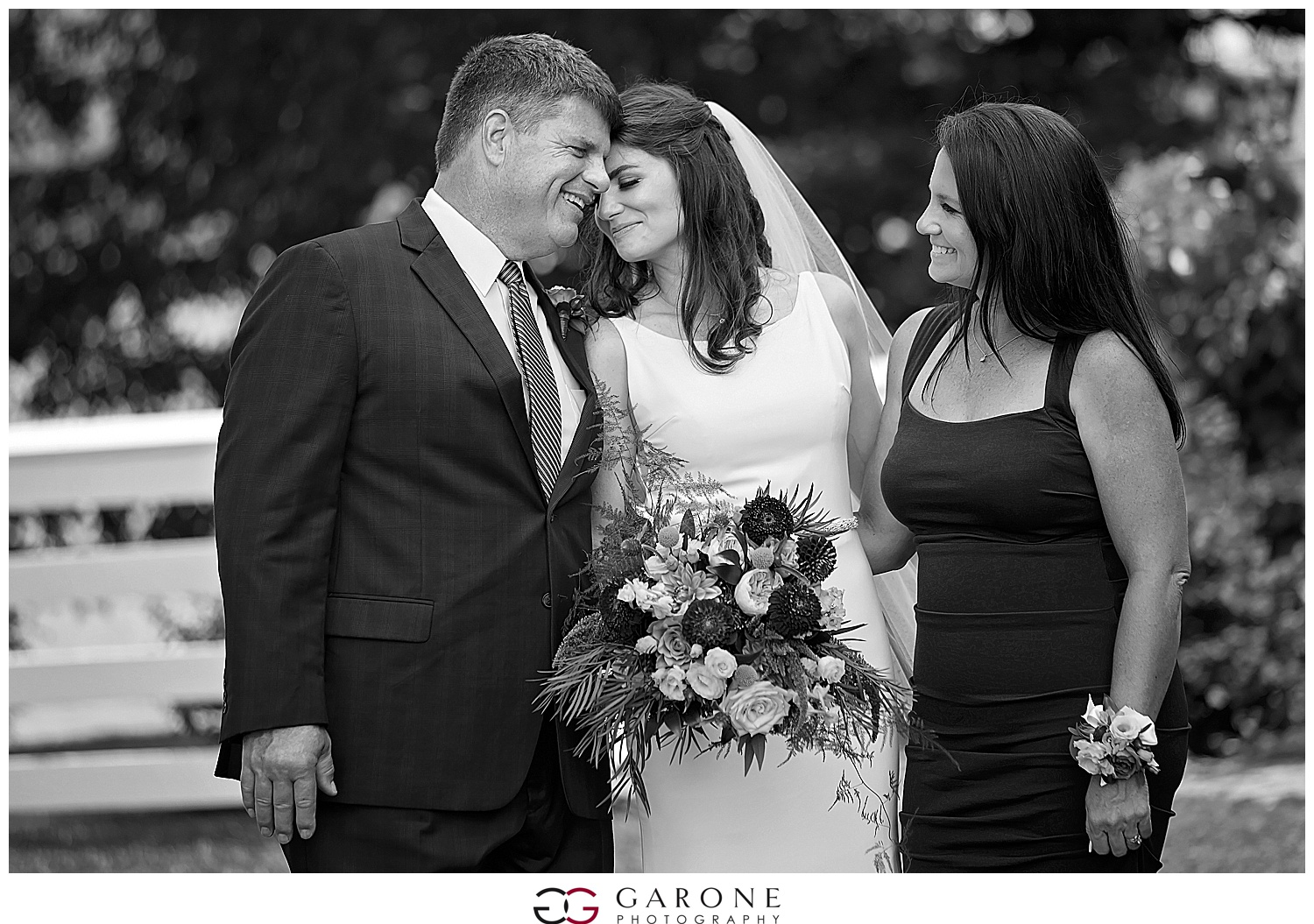 Church_Landing_Garone_Photography_Wedding_Sarah_Patrick_0021.jpg
