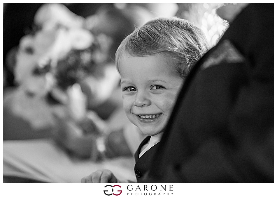 Kristen+Tom_Red_Lion_Inn_COhosset_Wedding, Ocean_Wedding_Garone_Photography_0008.jpg