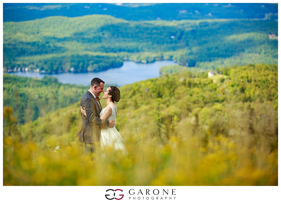 Mount_Sunnapee_Mountain_top_wedding_brode_groom_NH+Wedding_Garone_phoography_0038.jpg