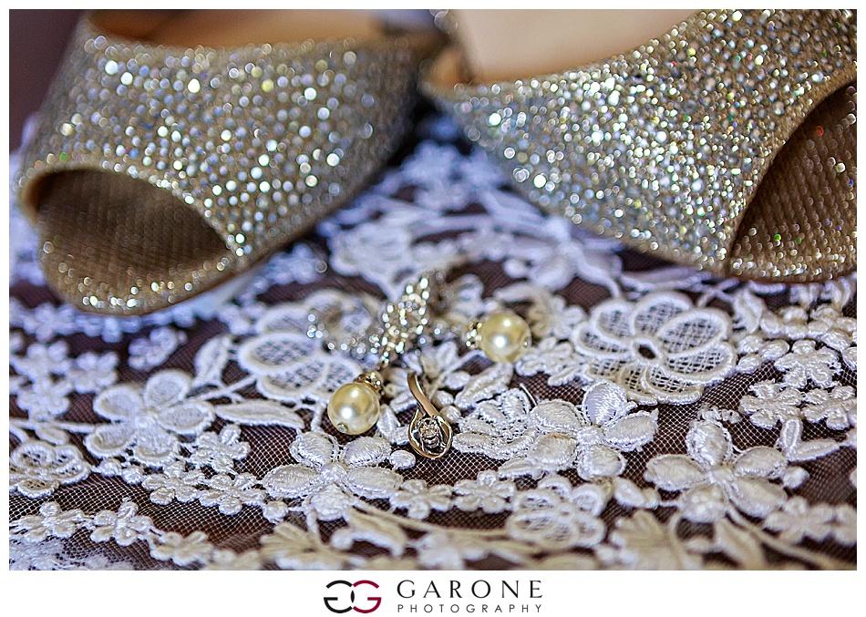 Mount_Sunnapee_Mountain_top_wedding_brode_groom_NH+Wedding_Garone_phoography_0042.jpg