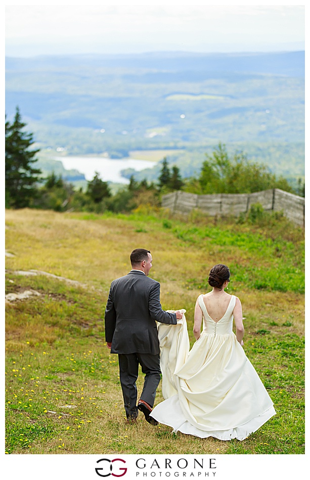 Mount_Sunnapee_Mountain_top_wedding_brode_groom_NH+Wedding_Garone_phoography_0048.jpg