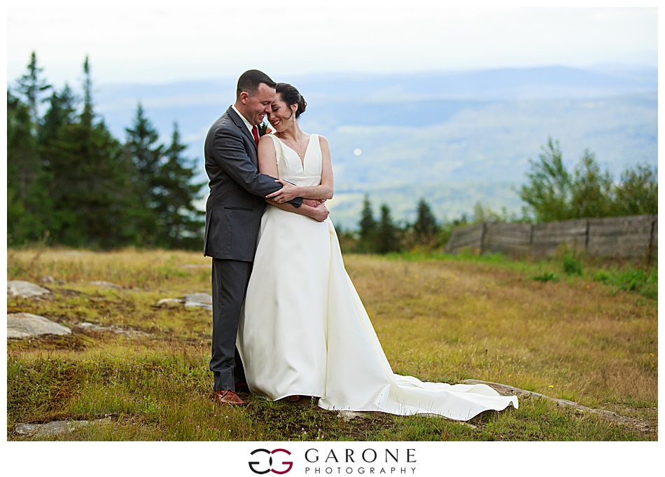 Mount_Sunnapee_Mountain_top_wedding_brode_groom_NH+Wedding_Garone_phoography_0049.jpg