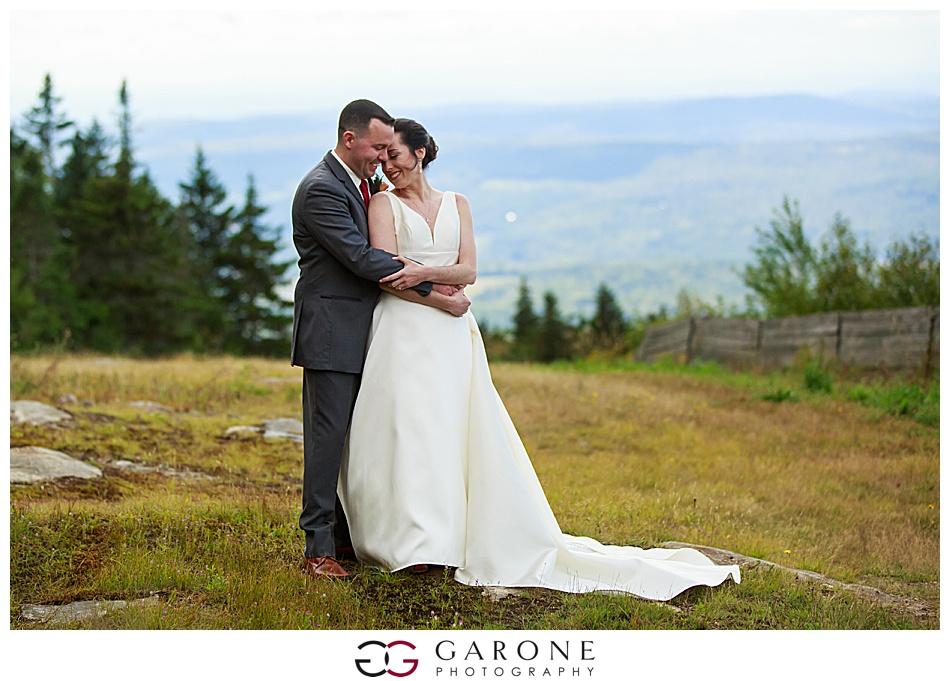 Mount_Sunnapee_Mountain_top_wedding_brode_groom_NH+Wedding_Garone_phoography_0049.jpg