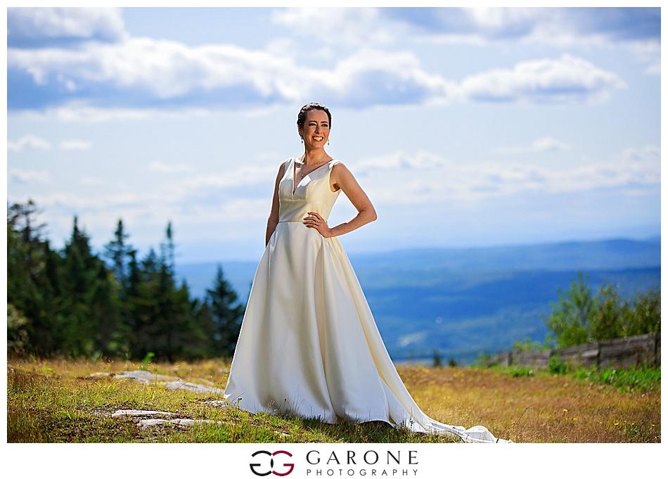 Mount_Sunnapee_Mountain_top_wedding_brode_groom_NH+Wedding_Garone_phoography_0050.jpg