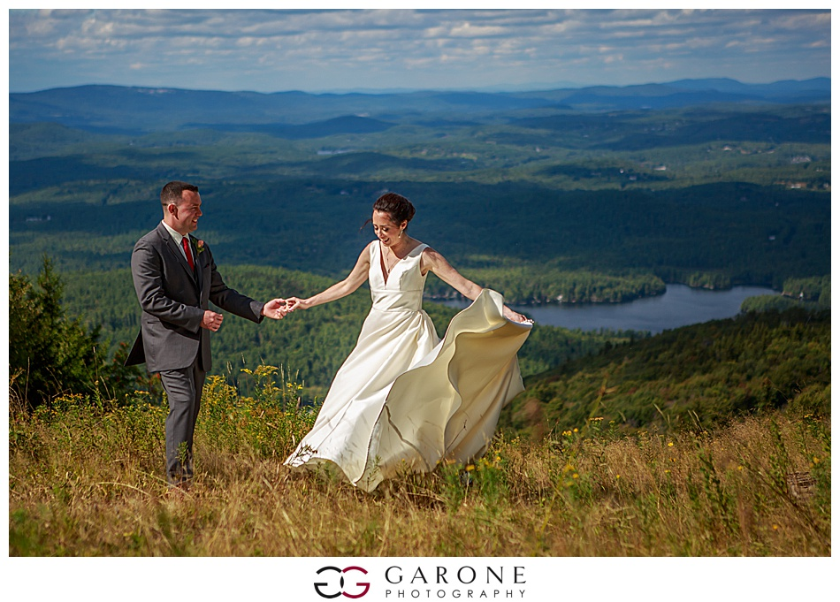 Mount_Sunnapee_Mountain_top_wedding_brode_groom_NH+Wedding_Garone_phoography_0051.jpg