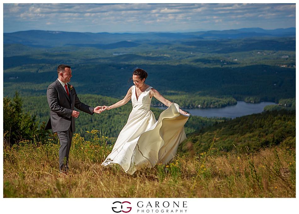 Mount_Sunnapee_Mountain_top_wedding_brode_groom_NH+Wedding_Garone_phoography_0051.jpg