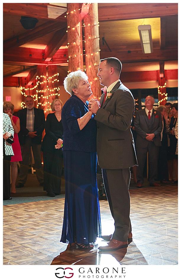Mount_Sunnapee_Mountain_top_wedding_brode_groom_NH+Wedding_Garone_phoography_0065.jpg