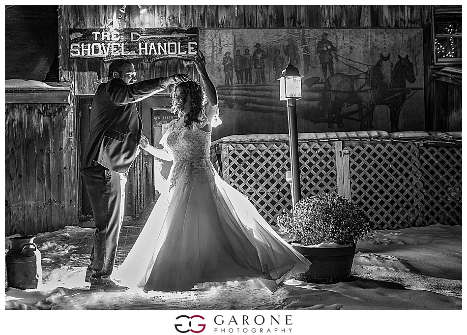 Whitneys_Inn_Wedding_NH_Wedding_Photography_Garone_Photography_White_Mountain_Wedding_0028.jpg