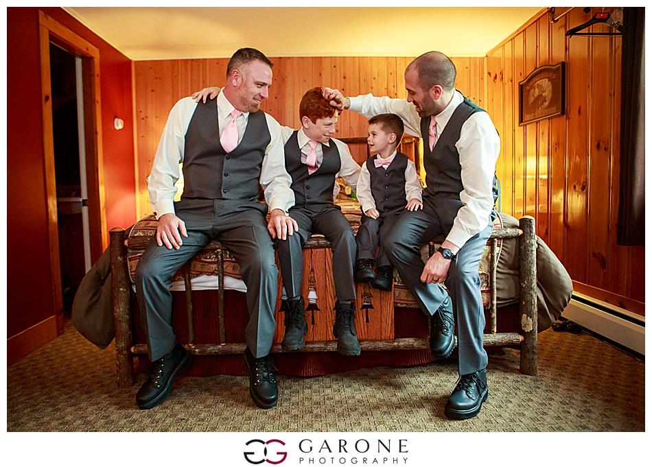 Lauren_Chris_Whitneys_Inn_Wedding_Photography_NH_Wedding Photographer_White_Mountain_Wedding_0004.jpg