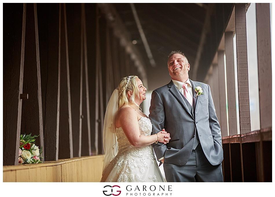 Lauren_Chris_Whitneys_Inn_Wedding_Photography_NH_Wedding Photographer_White_Mountain_Wedding_0009.jpg