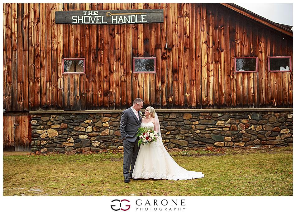 Lauren_Chris_Whitneys_Inn_Wedding_Photography_NH_Wedding Photographer_White_Mountain_Wedding_0012.jpg