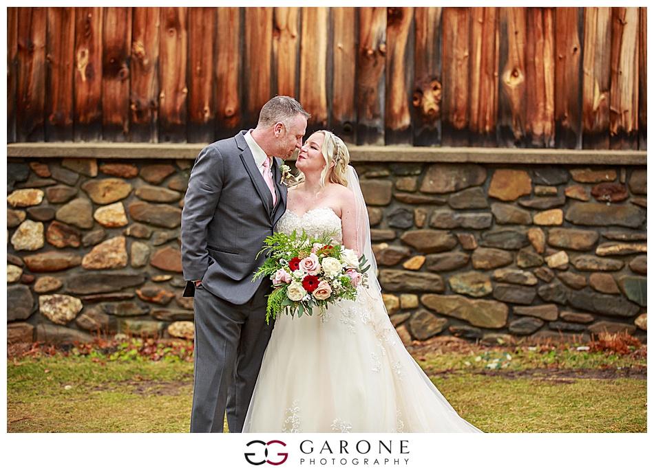 Lauren_Chris_Whitneys_Inn_Wedding_Photography_NH_Wedding Photographer_White_Mountain_Wedding_0013.jpg