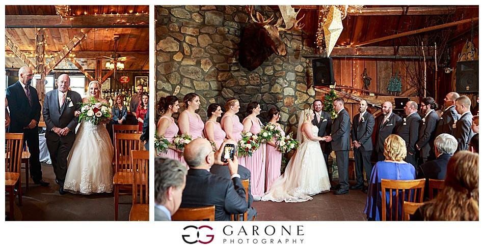 Lauren_Chris_Whitneys_Inn_Wedding_Photography_NH_Wedding Photographer_White_Mountain_Wedding_0019.jpg