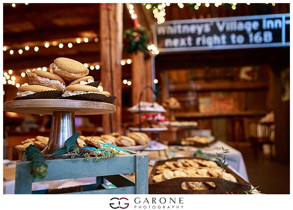 Lauren_Chris_Whitneys_Inn_Wedding_Photography_NH_Wedding Photographer_White_Mountain_Wedding_0022.jpg
