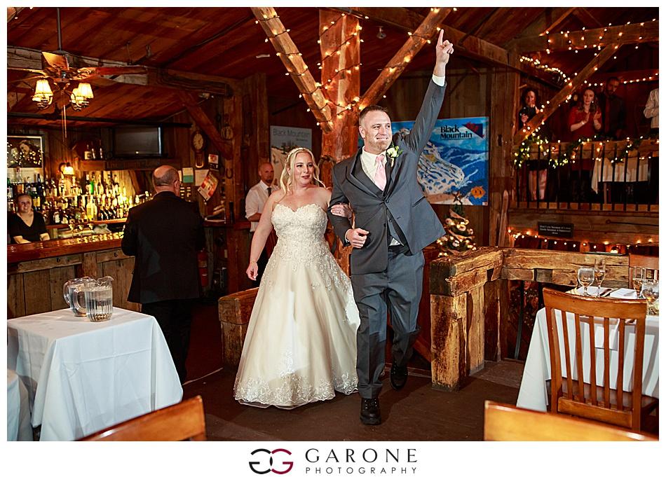 Lauren_Chris_Whitneys_Inn_Wedding_Photography_NH_Wedding Photographer_White_Mountain_Wedding_0024.jpg