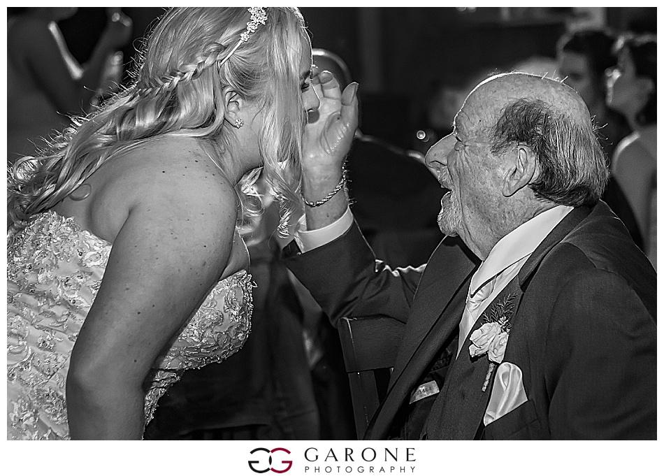 Lauren_Chris_Whitneys_Inn_Wedding_Photography_NH_Wedding Photographer_White_Mountain_Wedding_0028.jpg