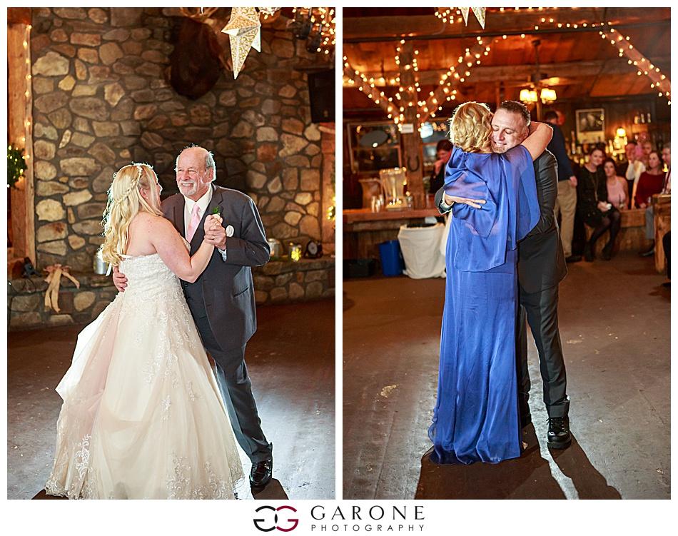 Lauren_Chris_Whitneys_Inn_Wedding_Photography_NH_Wedding Photographer_White_Mountain_Wedding_0030.jpg